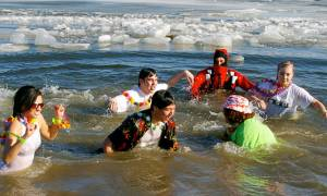 Polar Plunges for New Years Day!