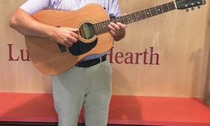 Music to Kids' Ears: Local musician helps lessen the stress of homelessness